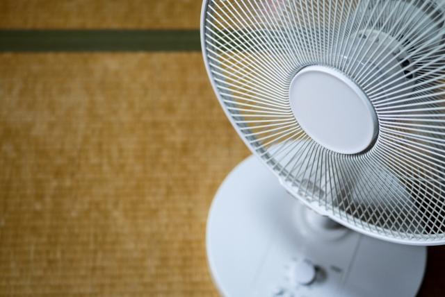 熱中症の時に体を冷やす扇風機