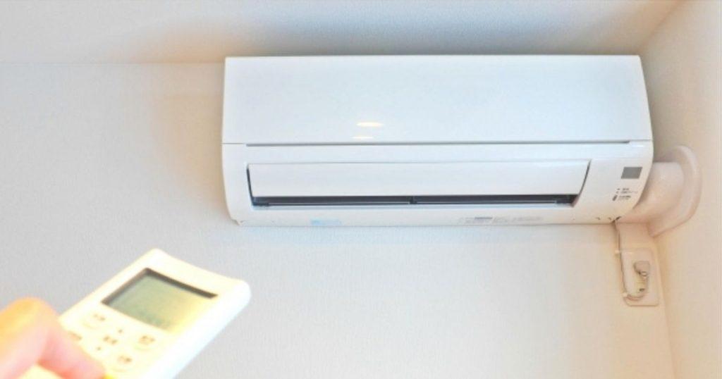 室内犬の熱中症対策として大事なエアコン